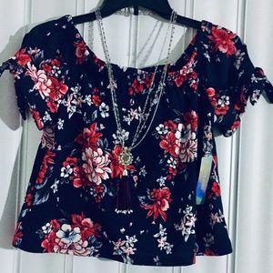 ⭐️Ivoire pretty blouse